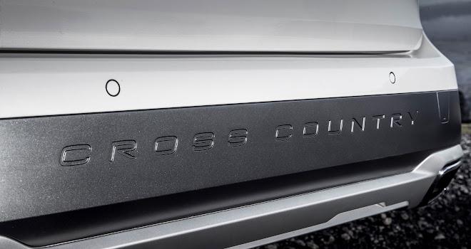 Volvo V90 Cross Country bumper lettering