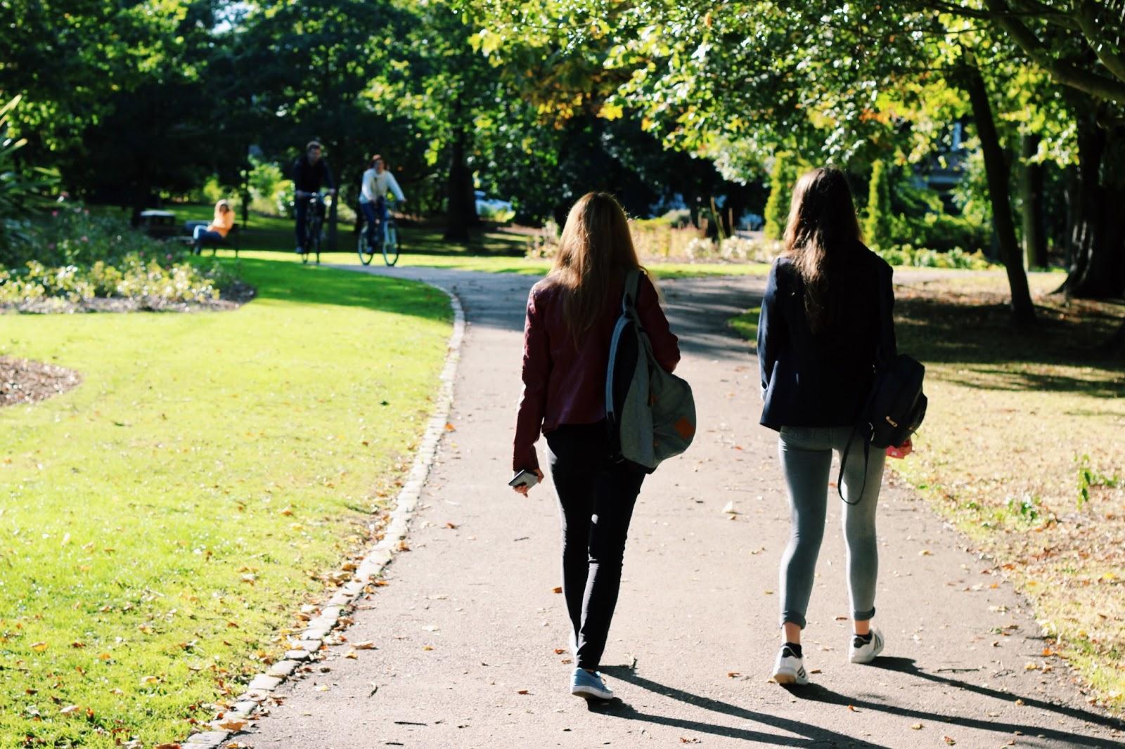 Walk through Victoria Park Aberdeen