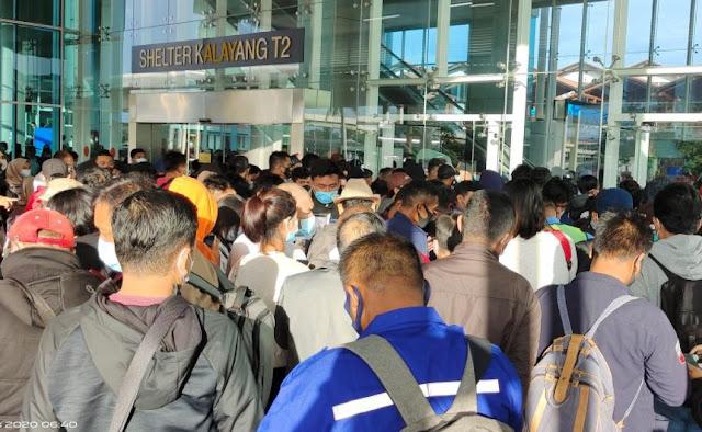 Tes Antigen di Bandara Picu Kerumunan, Pakar Sebut Kebijakan Pemerintah Tidak Konsisten