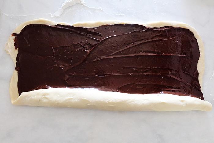 rolling dough into log shape