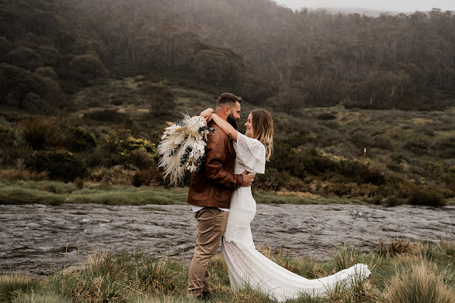 the wild pair elopment photography + florals + karen willis bride wedding dress