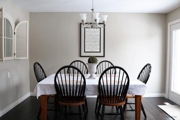 Benjamin Moore Revere Pewter dining room