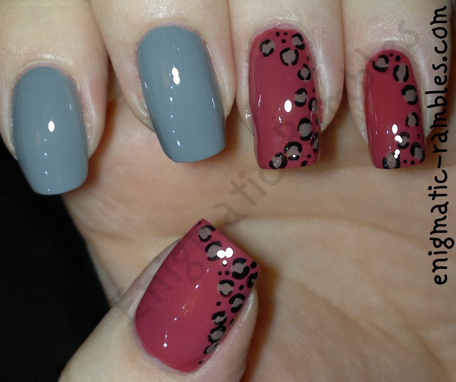freehand-leopard-print-nails-barry-m-la-femme-grey-cream-elf-smoky-brown