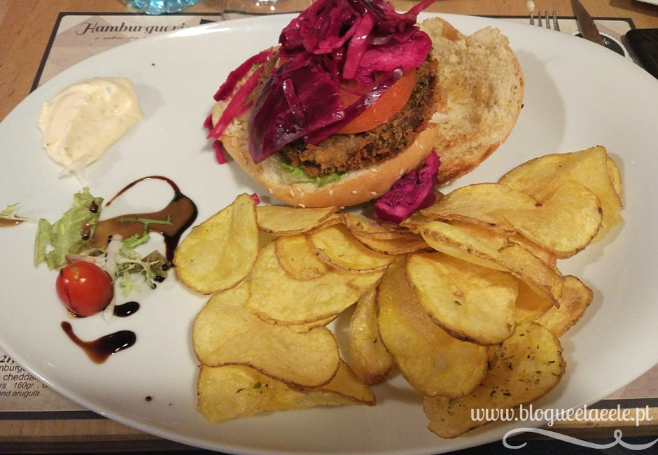 hamburgaria 21 + blogue português de casal + ela e ele+ ele e ela + pedro e telma + hamburgueres + batatas fritas
