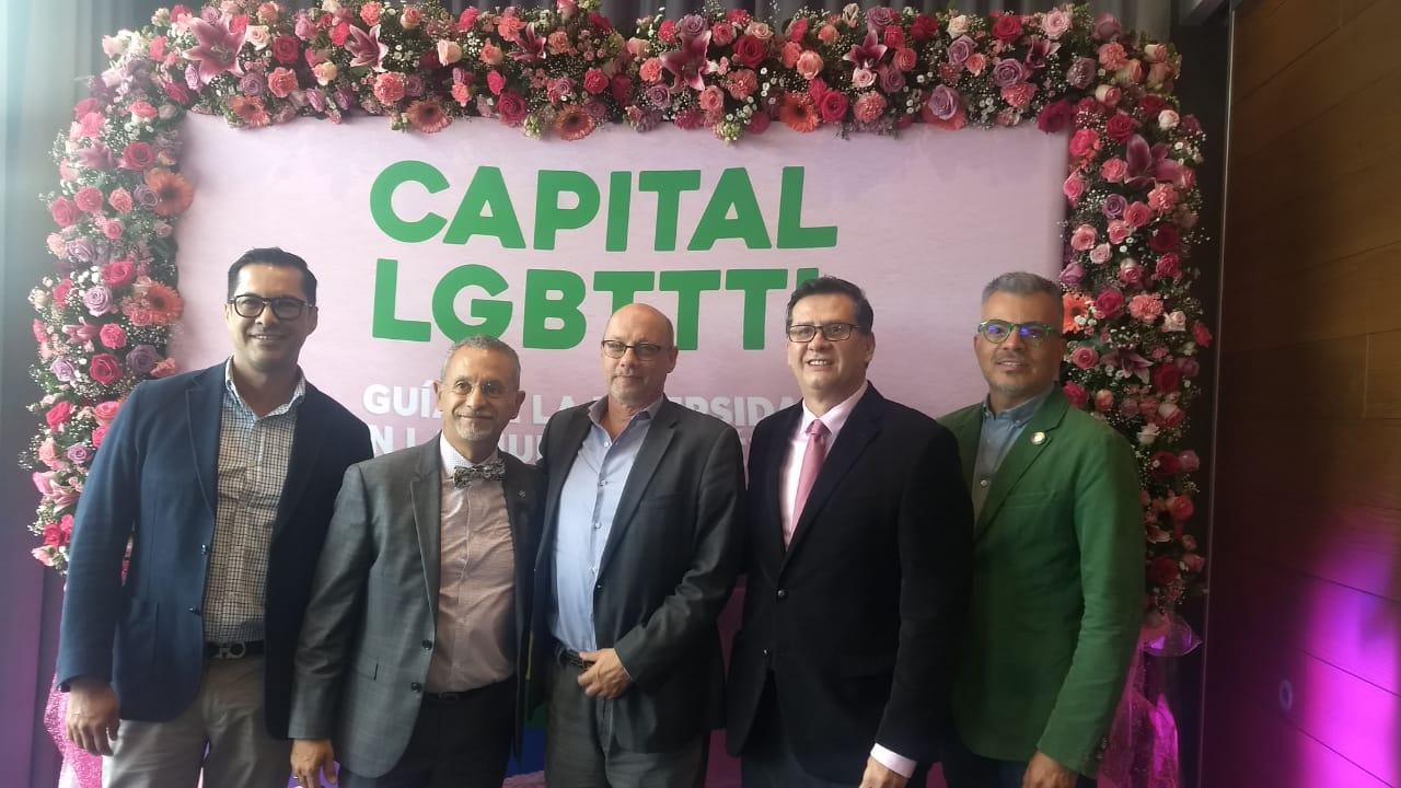 PRESENTAN NUEVA GUÍA LGBTTTI EN LA CDMX 1