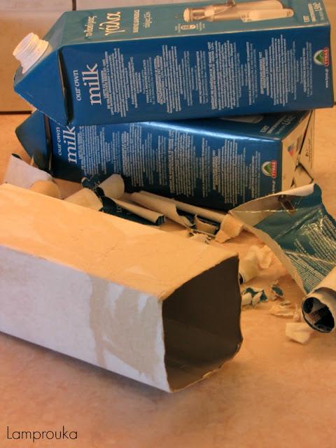 Κουτιά γάλακτος για χριστουγεννιάτικα σπιτάκια.
