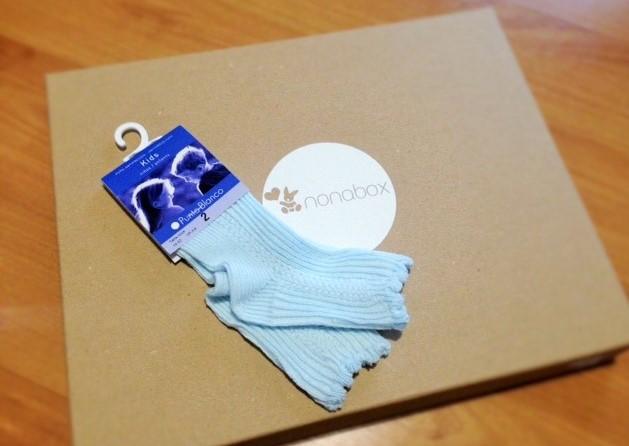 punto-blanco-calcetines-productos-bebés-caja-nonabox