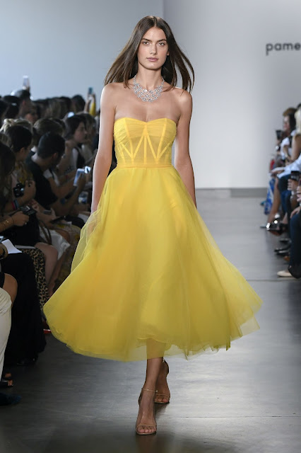 Pamella Roland Spring 2019 Ready to Wear Collection