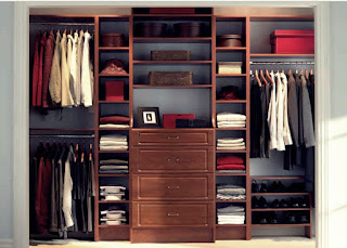 lemari pakaian elegan minimalis
