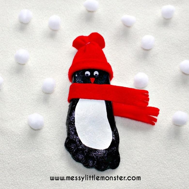 footprint penguin snow craft for kids