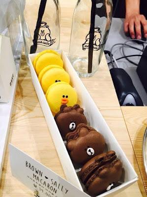 Line Friends Flagship Store Garosugil Korea Macarons