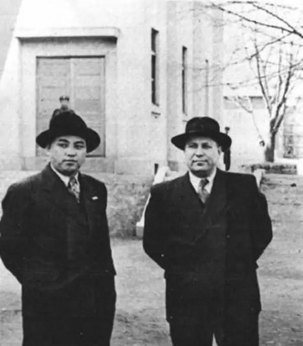 Premier Kim Il Sung and Ambassador Stykov, January 1949