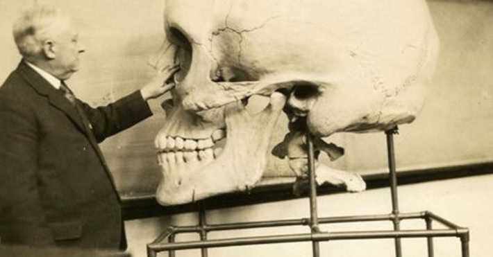 Smithsonian Admits to Destruction of Thousands of Giant Human Skeletons in Early 1900s Smith