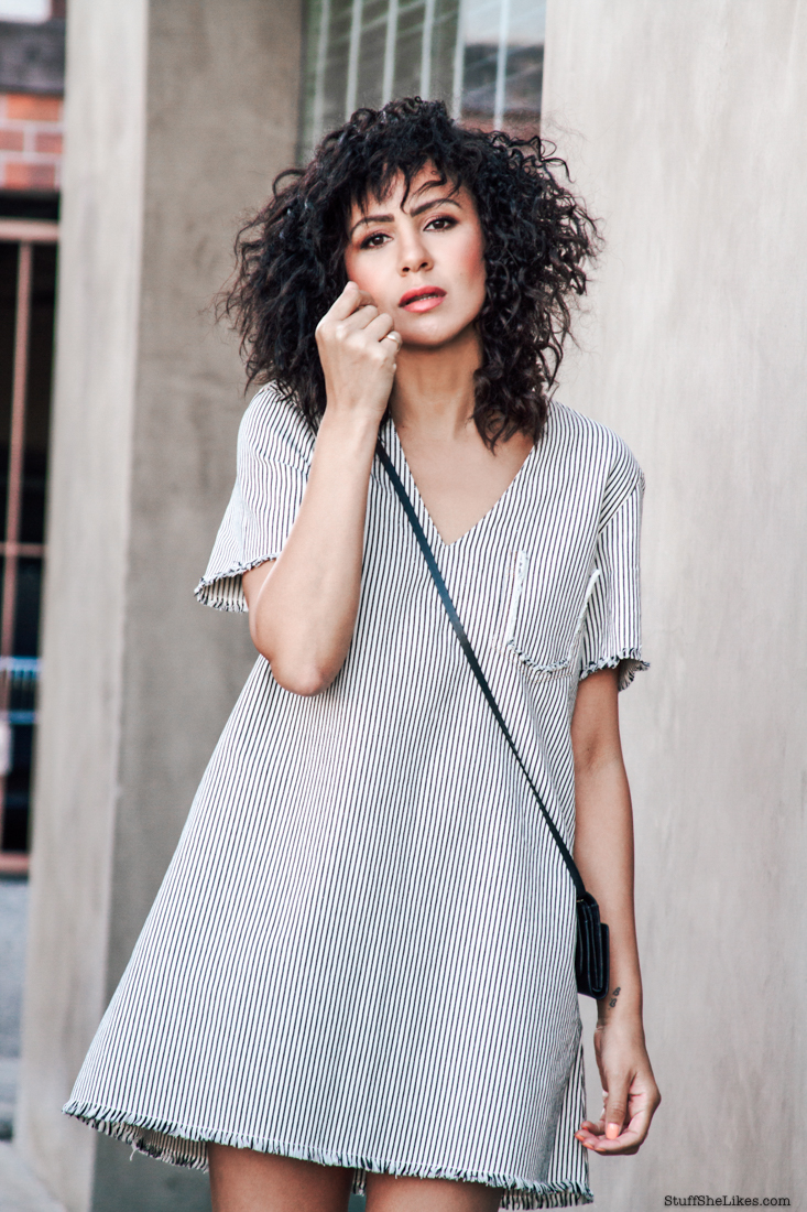alexander wang dress, aline dress, denim dress, fashion blogger, top fashion blogger, blogger birthdys, curls, natural hair,