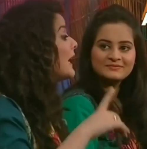 Aiman Khan And Minal Khan Video when They were 16 Yrs Old | Amazing Transformation