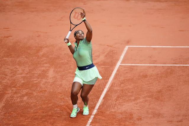 Serena Williams fez cinco aces na partida