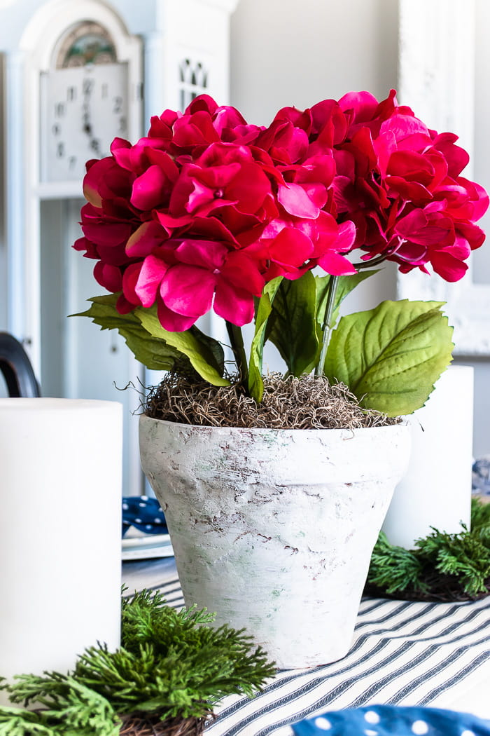 stone flowerpot centerpiece with hydrangea