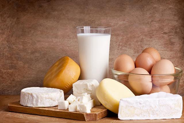 الأطعمة المصنوعة من منتجات الألبان