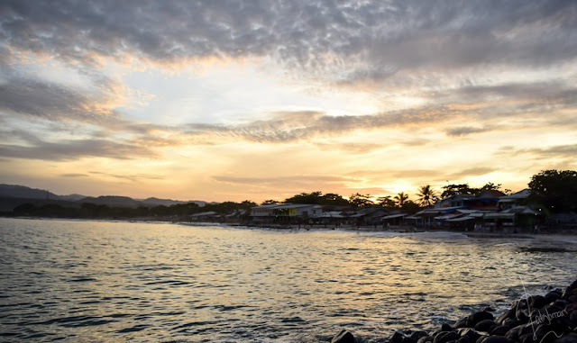 Sunrise di Pantai Santolo Garut