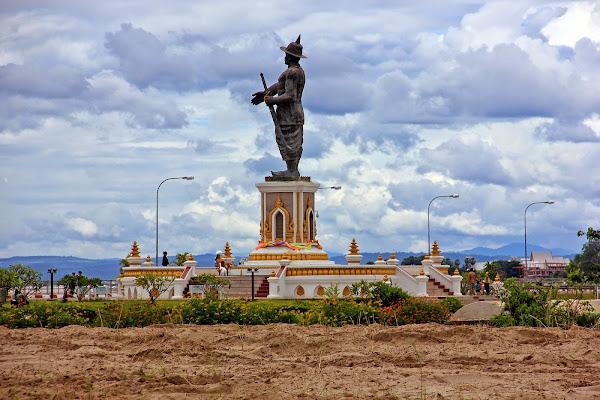 Chao Parco delle Statue Vientian Anouvong
