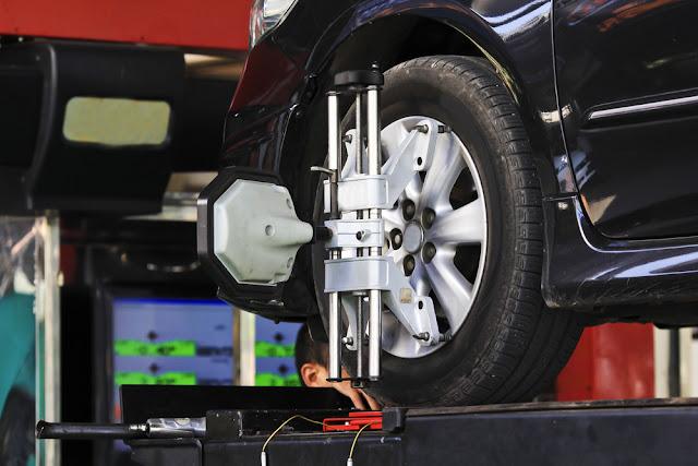 Coût d'alignement des pneus de voiture