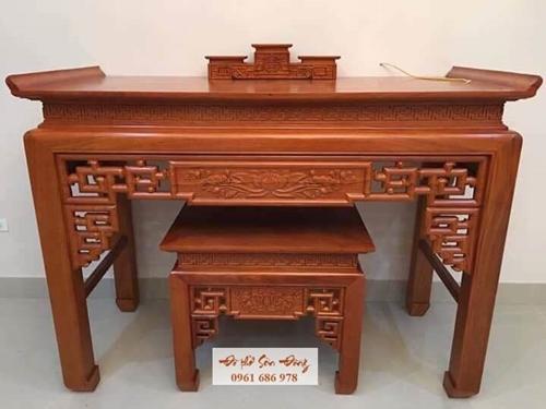 Có nên chọn bàn thờ gỗ gụ làm bàn thờ gia tiên không?-1