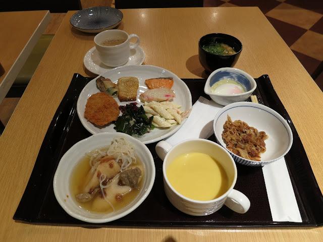 Tokyo Japan budget hotel breakfast. Tokyo Consult. TokyoConsult