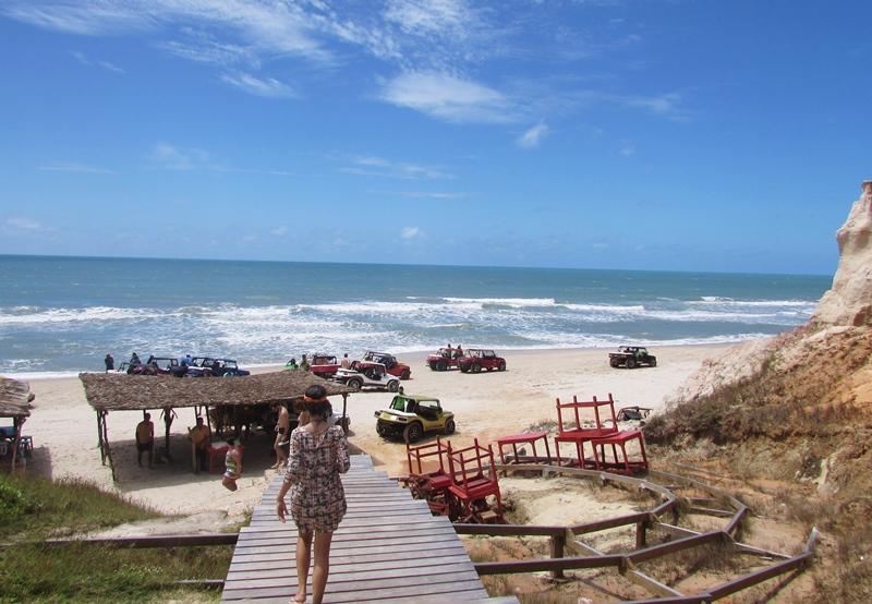 Como chegar a Morro Branco: ônibus, passeio com agência de turismo, valores