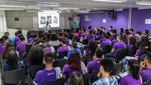 IOS realiza lives sobre os cursos profissionalizantes para jovens e pessoas com deficiência