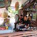 Babinsa Koramil 05/Lubuk Alung Komsos Dengan Sejumlah Pemuda Di Wilayah Binaan
