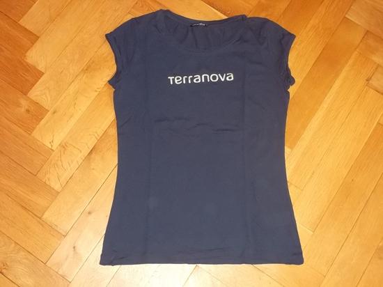 tričko tmavě modré s nápisem Terranova