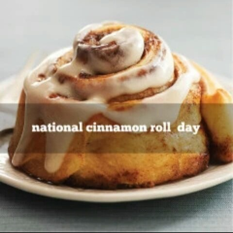 National Cinnamon Roll Day Wishes Photos