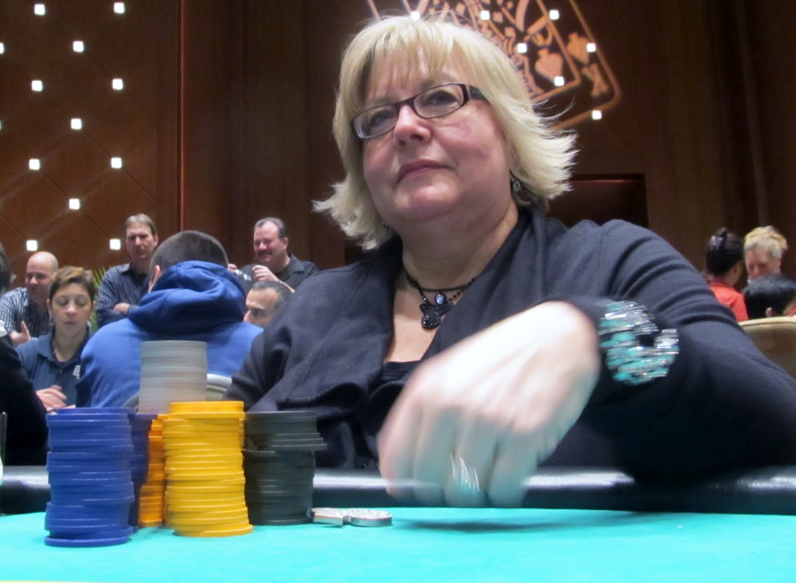 Texas holdem in louisville ky