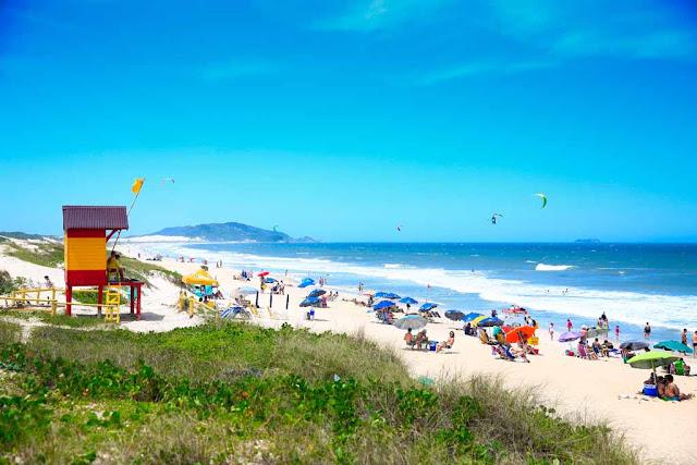 A praia do Campeche