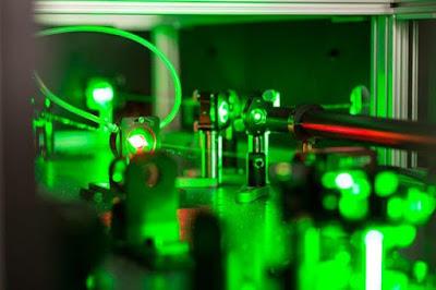 Sinar Laser Ini Secerah Satu Miliar Matahari