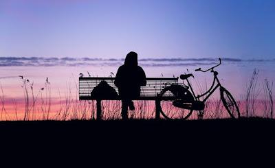 menghilangkan kesepian, rasa sepi, rasa sepi saat sendiri, kesepian dalam psikologi, ciri orang kesepian menurut psikologi, kesepian lirik, cara mengatasi kesepian menurut islam, merasa kesepian menurut islam, penelitian tentang kesepian, cara mengatasi kesepian menurut psikologi, sering merasa kesepian dan sedih, Alone But Not Lonely, alone, lonely, relationship, solitude, lonesome, friends, death