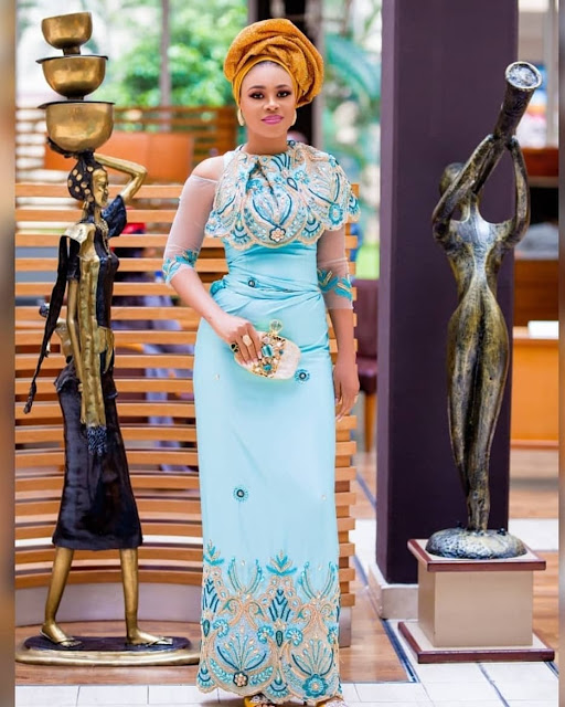 2019 Super Enchanting Asoebi Gown Styles