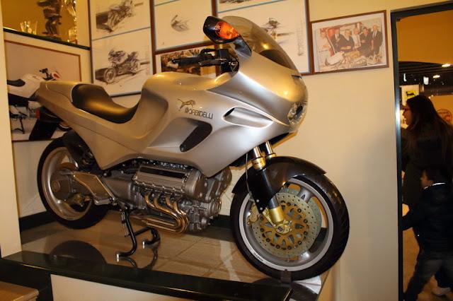 moto disegnata da Pininfarina