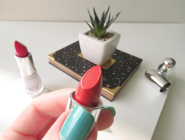 saveonbeauty_tigi_decadent_lipstick_splendor_recenzia