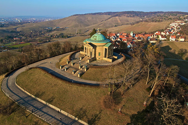 Mirantes e vistas panorâmicas de Stuttgart - Grabkapelle auf dem Württemberg