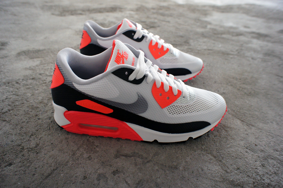 buy online 19e05 8a393 Nike Air Max 90 Hyperfuse (Infrared)