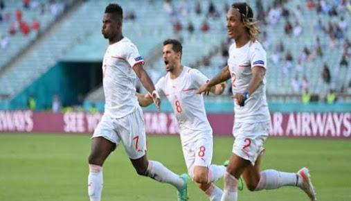 مصر تتعادل أمام فرنسا في شوط أول مثير أول
