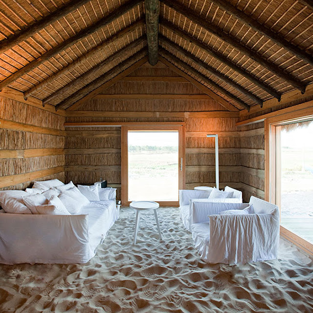 Weekday Wanderlust | Places: Casas na Areia, Portugal