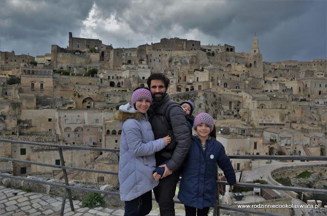 Włochy z dziećmi- Matera
