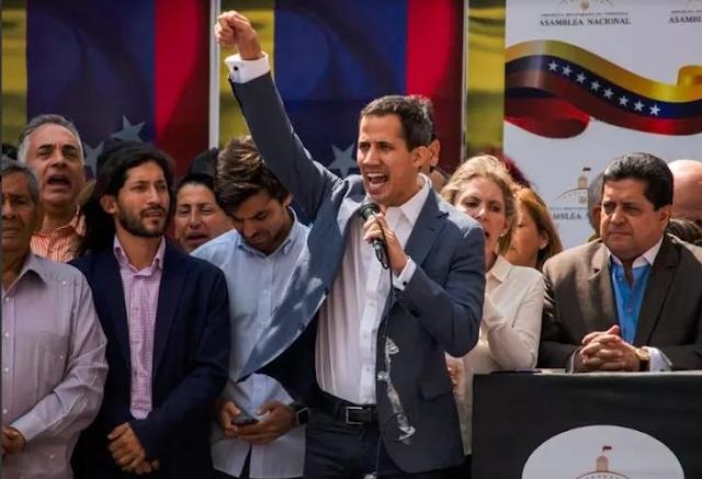 Juan Guaidó se proclamó presidente encargado de Venezuela