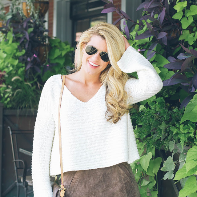 cropped sweater with flared sleeves