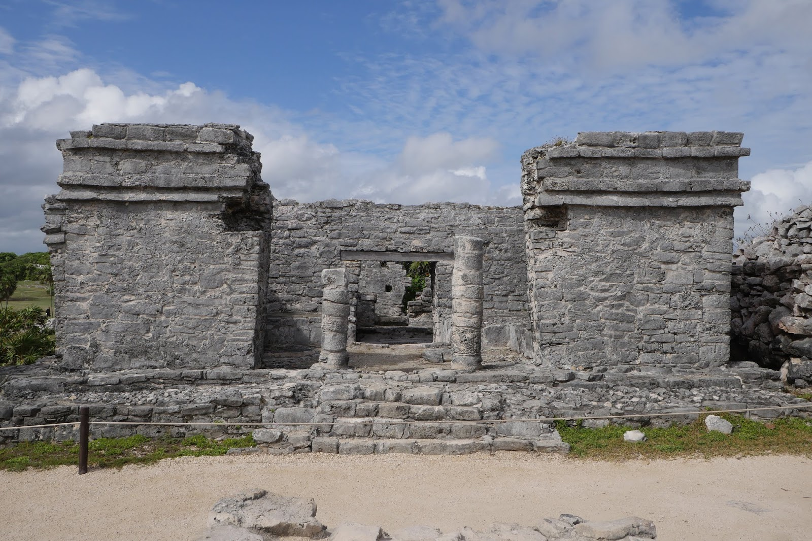 Walking in the country: Mexico: Tulum