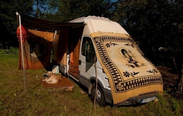 Overall, this cargo van has turned into quite the one-man home. - Amazing Off-Grid Traveling Home Was Made Out Of An Old Van… Wait Till You See The Inside.