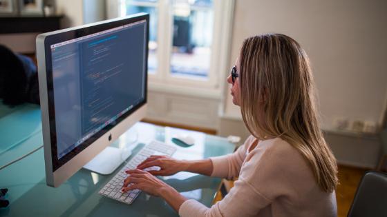cara mudah belajar ilmu ngeblog bagi irt