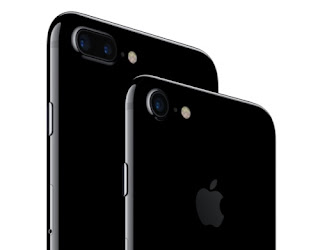 Apple's iPhone 7 and 7 Plus are officially here and offer welcome updates to their already excellent predecessors. But the smartphone market is larger than just Apple (AAPL). Samsung, the world's largest smartphone maker, LG, HTC and Motorola all released impressive smartphones this year, as well.